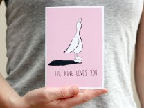 the king loves you duck card